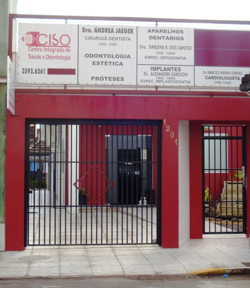 http://clinicaciso.no.comunidades.net/imagens/cisofachada.jpg
